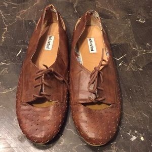 Brown saddle shoes